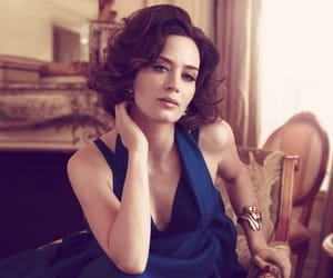 aesthetic, classy, and Emily Blunt image