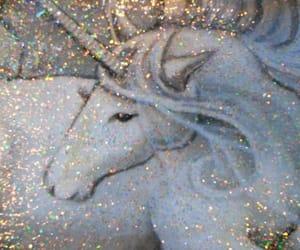 glitter and unicorn image