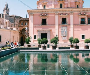 architecture, couleurs, and Espagne image