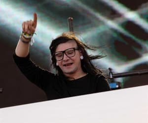 beautifull, dj, and skrillex image