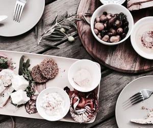 food, vogue, and gossip image