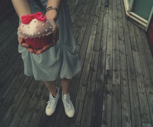 cupcake and girl image
