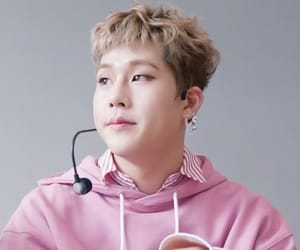 kpop, pink, and rapper image