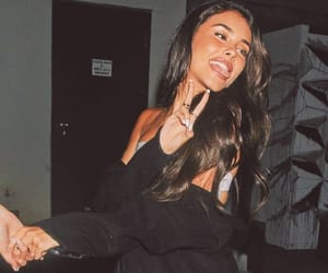 madison beer and girl image