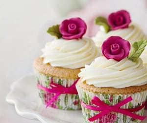 cupcakes, delicious, and red image