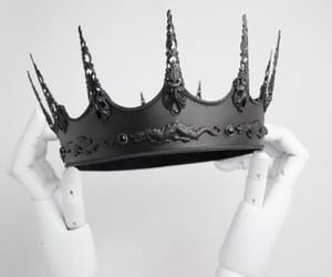 article, crown, and Queen image