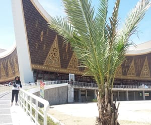 mosque, masjid, and padang image