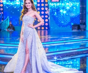 crown, luxury, and miss world india image