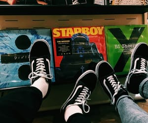 music, vans, and grunge image
