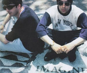 brothers, imagine, and noelgallagher image