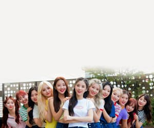 kpop, wallpaper, and loona image