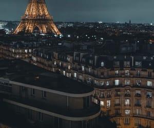 paris and romantic image