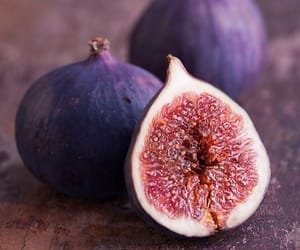 figs and fruit image