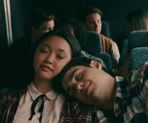 peter kavinsky, couple, and noah centineo image