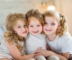 children, اخوات, and sister image