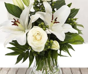 wedding florist london, flower delivery uk, and fresh lilies online image