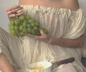 aesthetic, grapes, and soft image