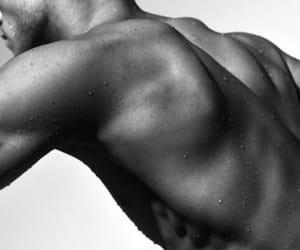 boy, Espalda, and musculos image