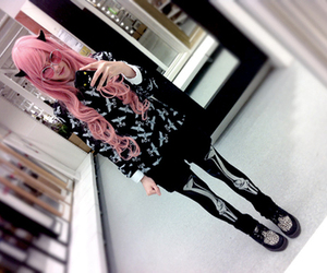 girl, pastel goth, and hair pink image