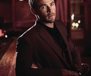 chris hemsworth and actor image