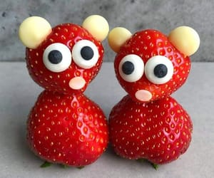 article, strawberries, and lose weight image