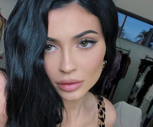 eyes, kylie jenner, and kuwtk image