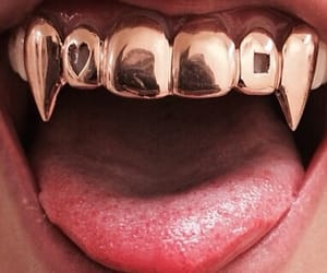 aesthetic, gold, and mouth image