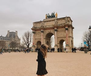 arc de triomphe, fashion, and model image