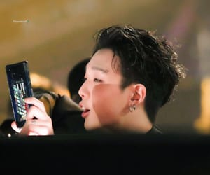 bobby, jiwon, and ikon performance image
