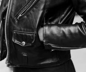 black, leather jacket, and jaqueta de couro image