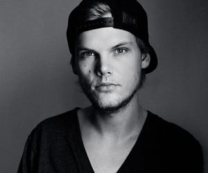 blackandwhite, dj, and avicii image
