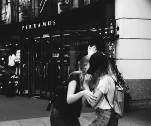 amigas, felicidad, and trips image