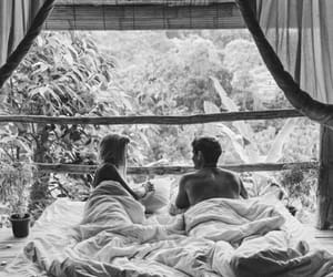 bed, couple, and lové image