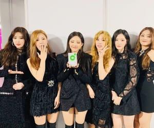 k-pop, minnie, and soojin image