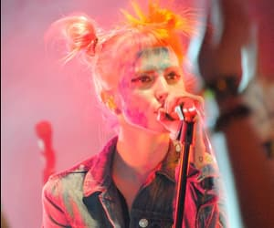 concert, hayley williams, and paramore image