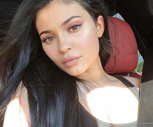 kyliejenner and unfiltered image