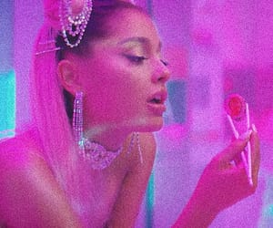 ariana grande, 7 rings, and icon image