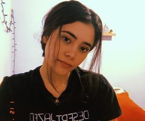 dark hair, girls, and messy hair image
