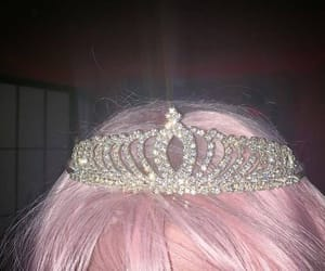 aesthetic, crown, and pink image