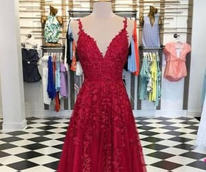 lace prom dresses and burgundy prom dresses image