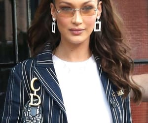 clothes, fashion, and bella hadid image