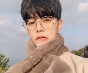 asian, boy, and glasses image