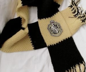 harry potter, hufflepuff, and scarf image