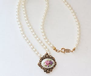 bridal jewelry, wedding necklace, and faux pearls image