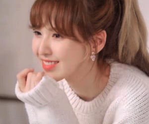 wendy, gif, and red velvet image
