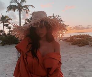 kylie jenner, beach, and kylie image