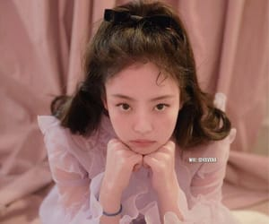 theme, roleplay, and jennie image