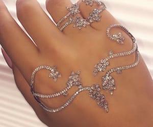 bracelet, diamants, and jewelery image