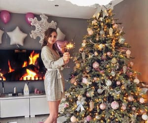 christmas tree, girl, and navidad image