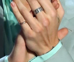 Harry Styles, hands, and harry image